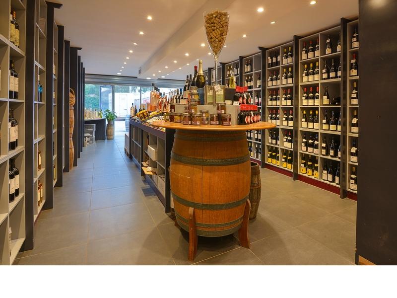 maison-des-vins-de-cassis-1.jpg